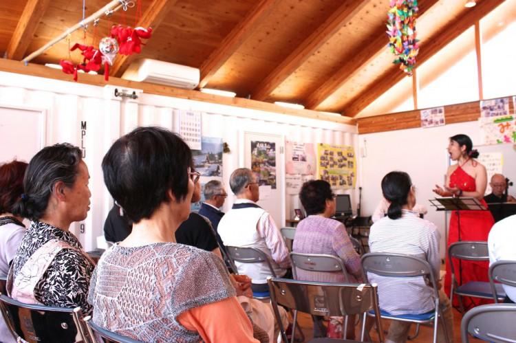2015/5/23 女川の仮設集会所での公演の様子